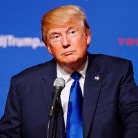 Hlavní obrázek - Trump umožnil státům, aby vázaly pojištění pro chudé na práci