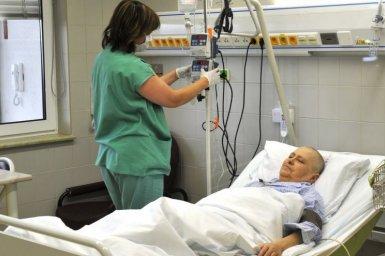 Hlavní obrázek - V Praze chybí lůžka pro některé pacienty přivážené sanitkami